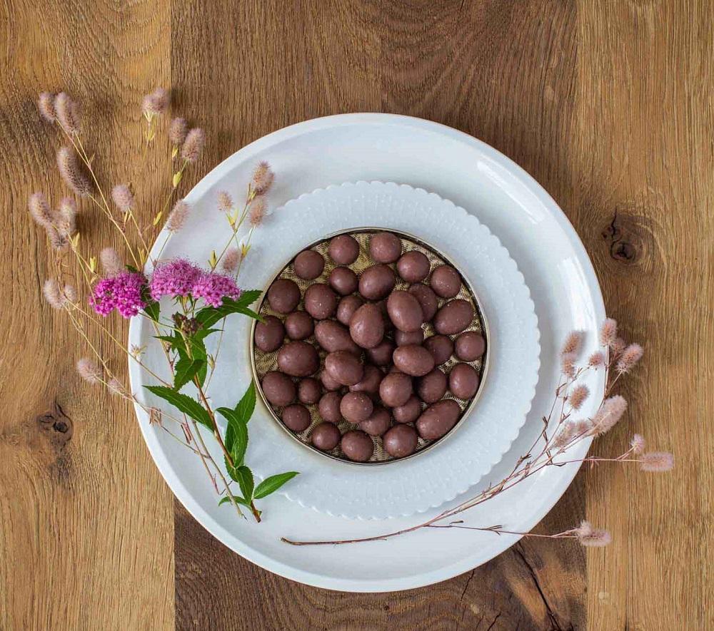 erdbeeren-bio-vollmilchschokolade-moodbild