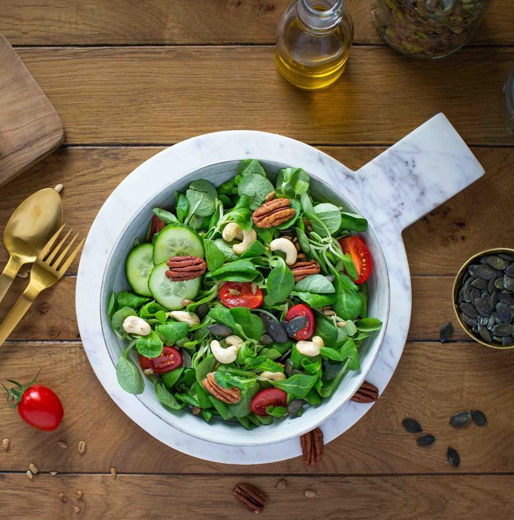 pekannuss-moodbild-salat